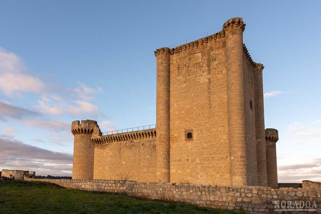 Castillo de Villafuerte de Esgueva, también conocido como castillo de Garci Franco de Toledo