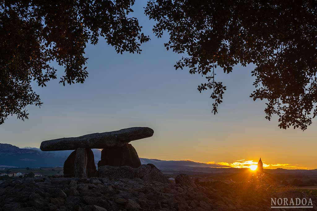 Dolmen de la Chabola de la Hechicera en Elvillar, Rioja Alavesa