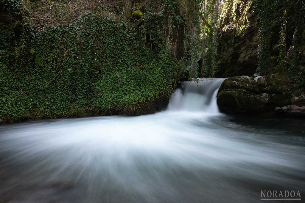 Cascada de los Navares en Brieva de Cameros