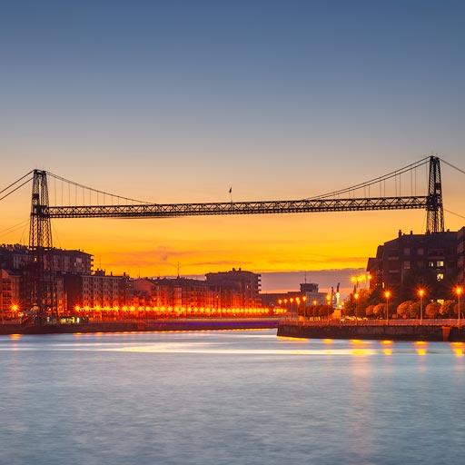Puente Colgante de Portugalete desde el muelle de la Benedicta en Sestao