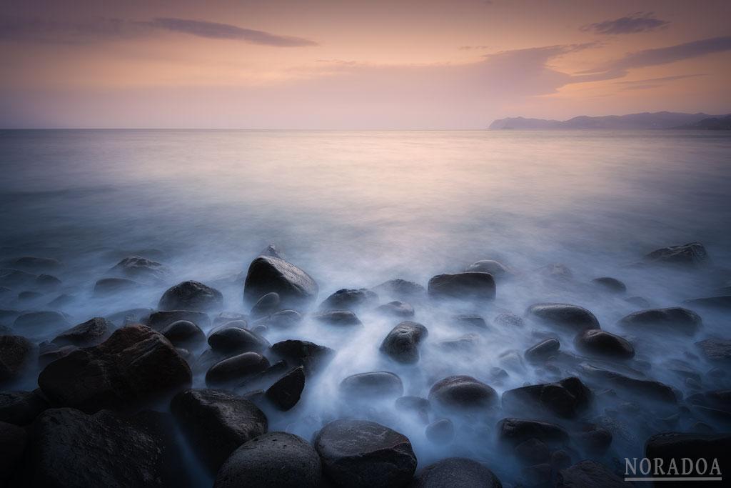 Playa de Arribolas en el cabo Matxitxako